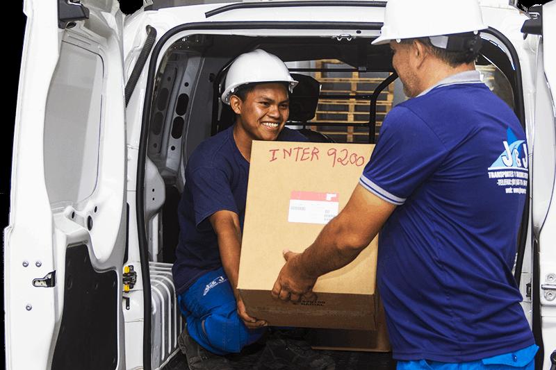 Servicios logísticos de transporte y almacenamiento - Servicios de Carga Parcial